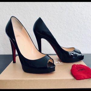 Very Prive 120 black patent heels